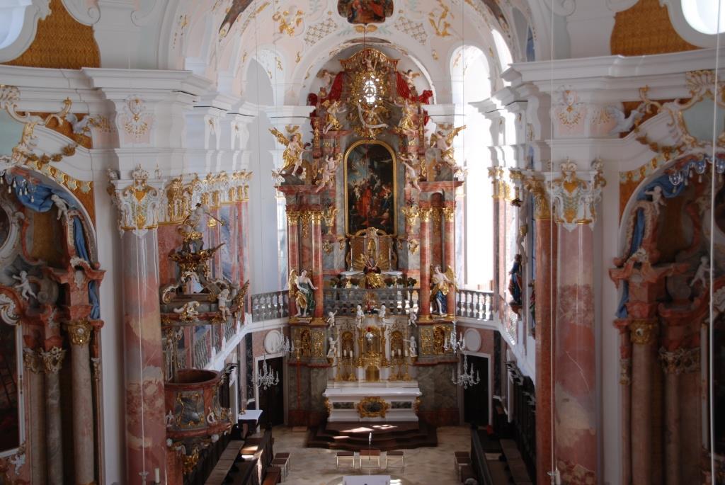 Frauenkirche in Günzburg von innen